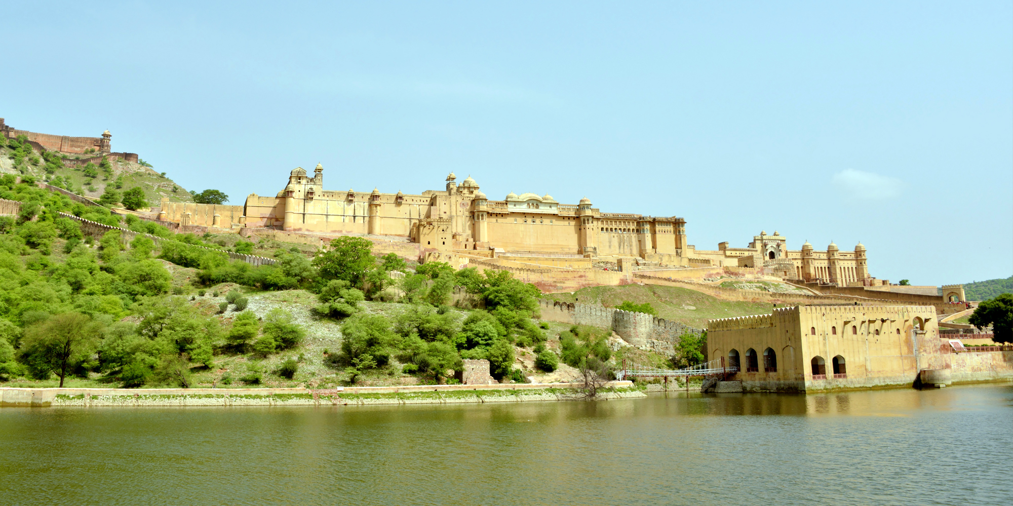 <strong>Amber Fort, Jaipur</strong> -