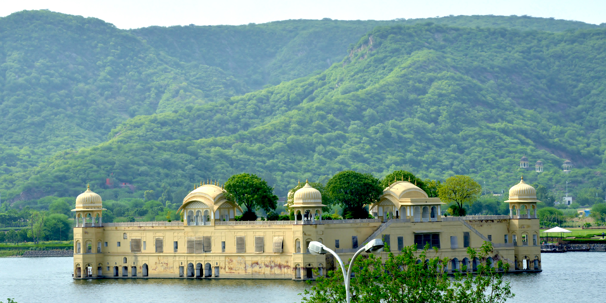 <strong>Jal Mahal on Man Sagar Lake, Jaipur</strong> -