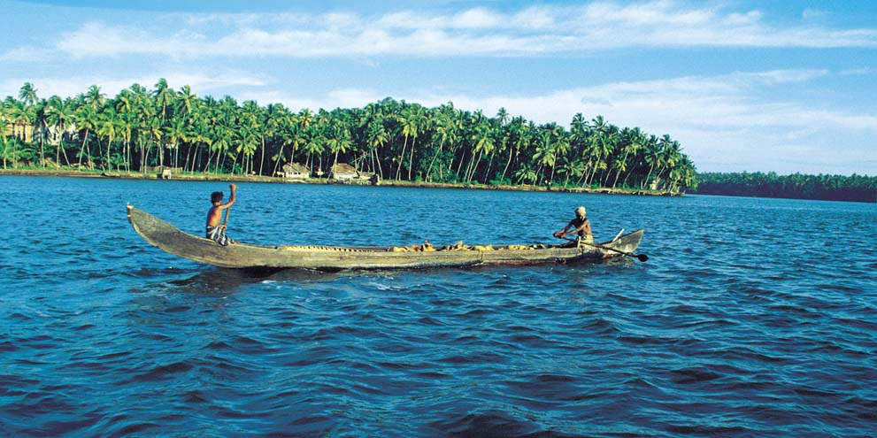<strong>Backwater, Kerala </strong> -