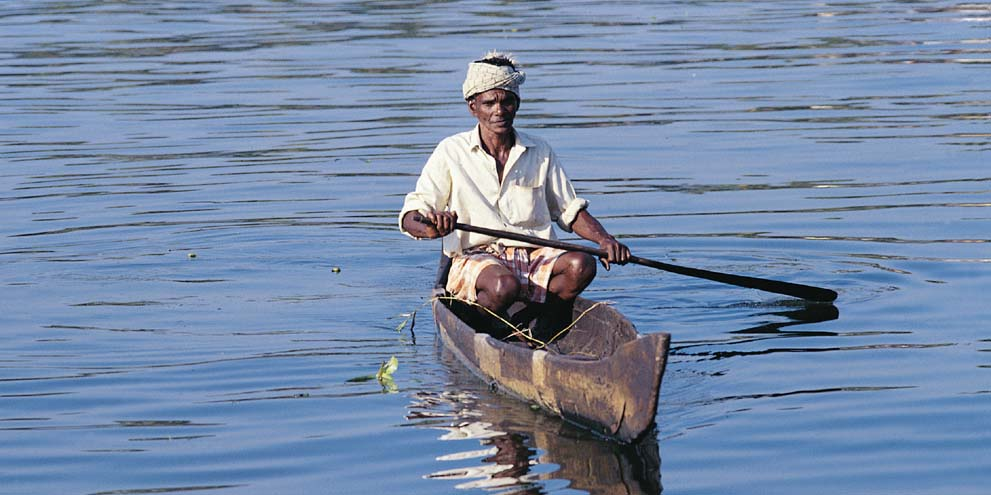 <strong>Backwater, Kerala</strong> -