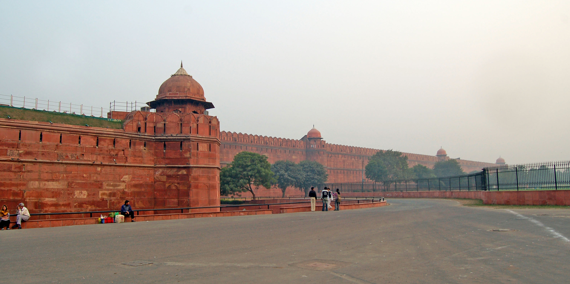 <strong>Red Fort - 2, Delhi</strong> -