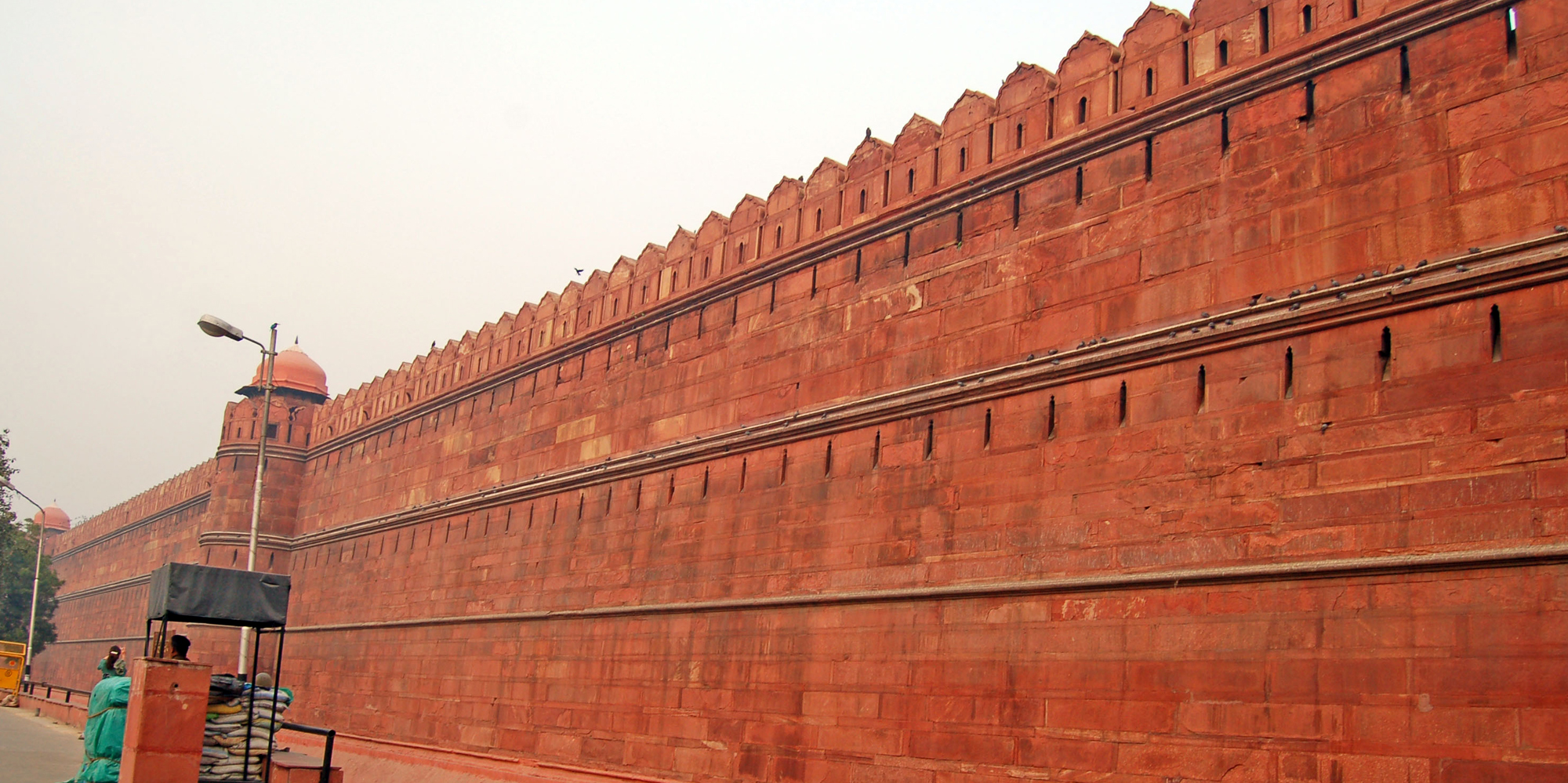 <strong>Red Fort - 4, Delhi</strong> -