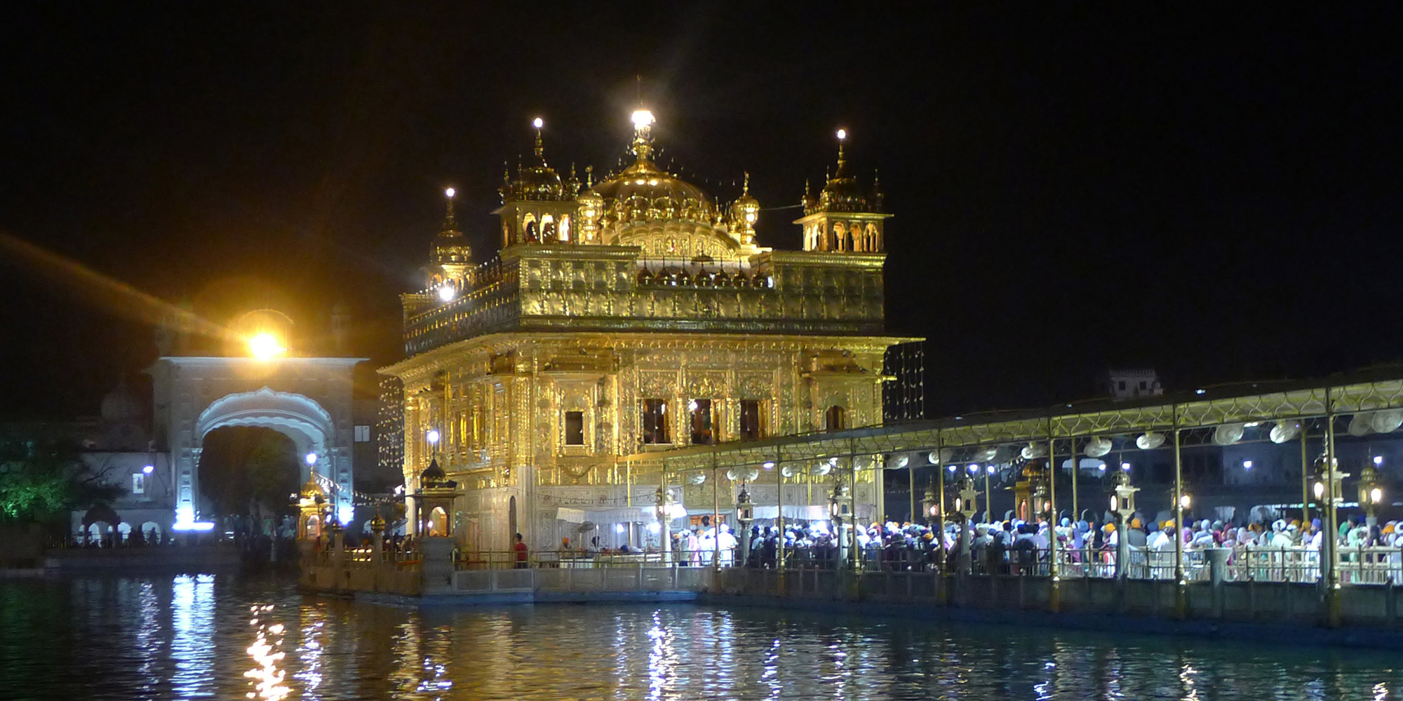 <strong> The Golden Temple Seen At Night, Amristar</strong> - The Harmandir Sahib also Darbar Sahib and informally referred to as the Golden Temple is a prominent Sikh Gurdwara located in the city of Amritsar, Punjab, India.