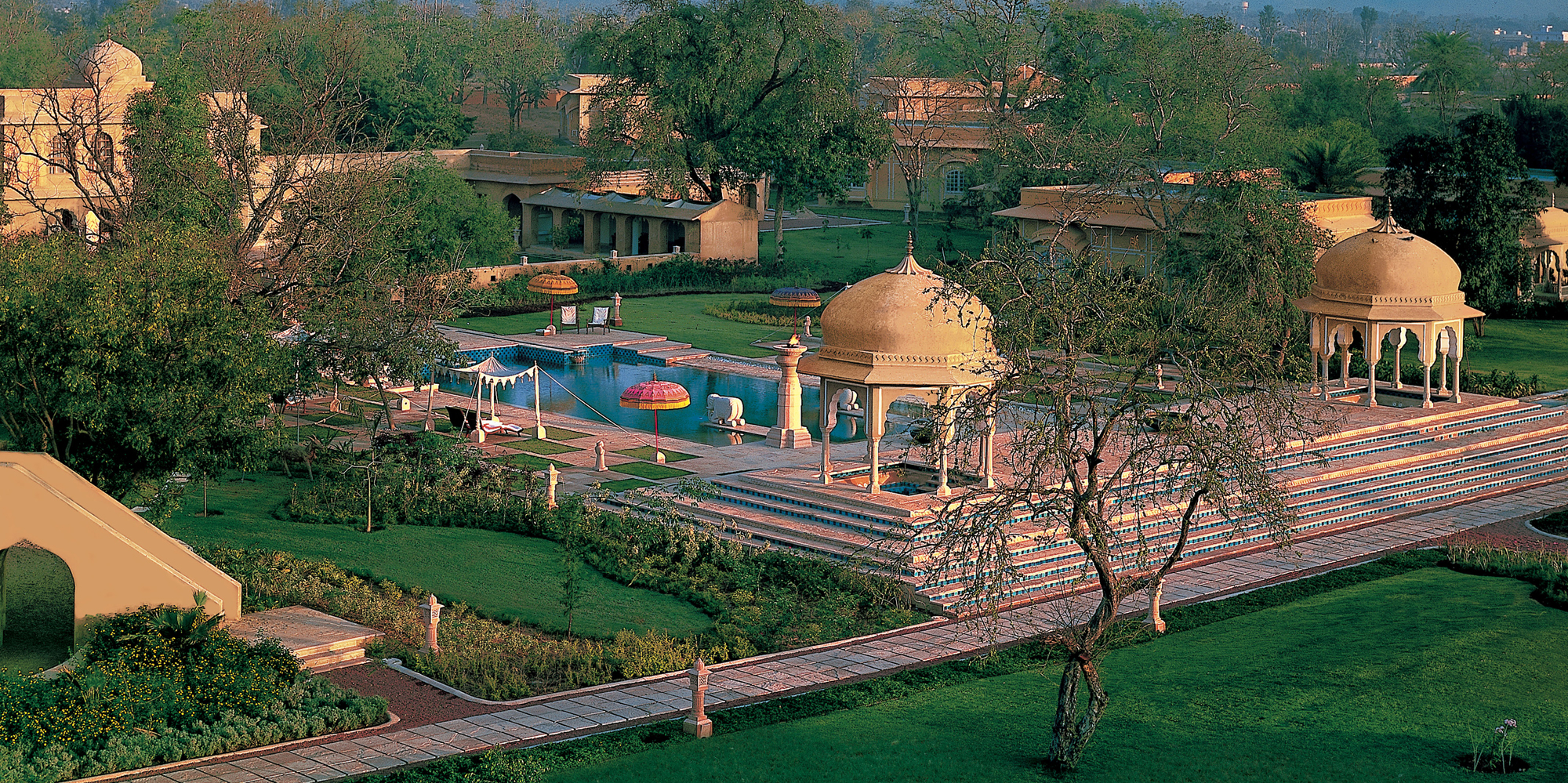 <strong>The Oberoi Rajvilas, Jaipur</strong> -