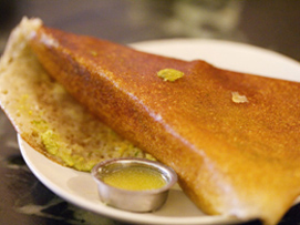 Dosa with Cococut Chutney