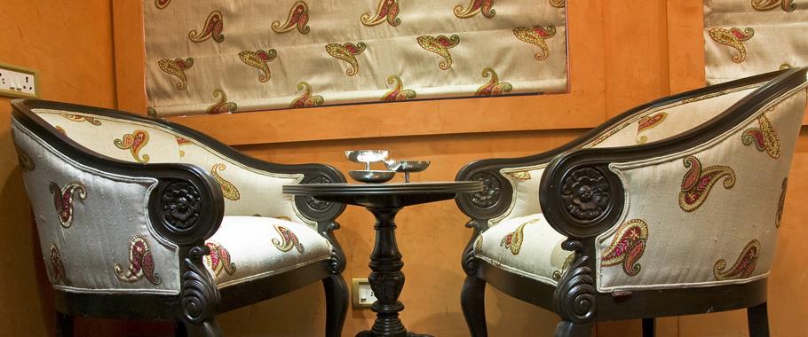Royal Rajasthan on Wheels, Sitting Area