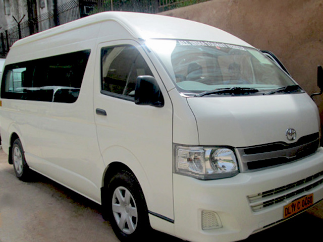 Luxury Micro Coach - Toyota Hiace