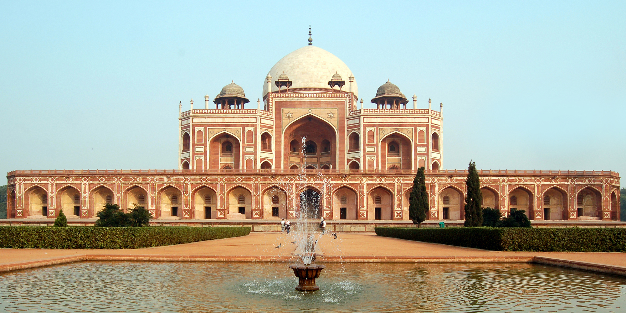 <strong>Humayun Tomb, Delhi</strong> - Humayun's Tomb - The square red sandstone double-storeyed structure.