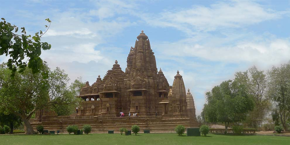 <strong>Khajuraho</strong> - The Khajuraho Group of Monuments is a complex of over 25 preserved temples famous for the intricacy of their design and detailed sculptures. The Khajuraho Temples are in the Indian state of Madhya Pradesh.