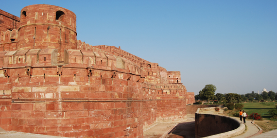 The Agra Fort is just one of the many destinations the new heritage arc would benefit